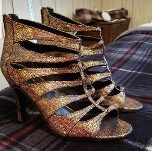 Lane Bryant gold/sparkling Heels 9W